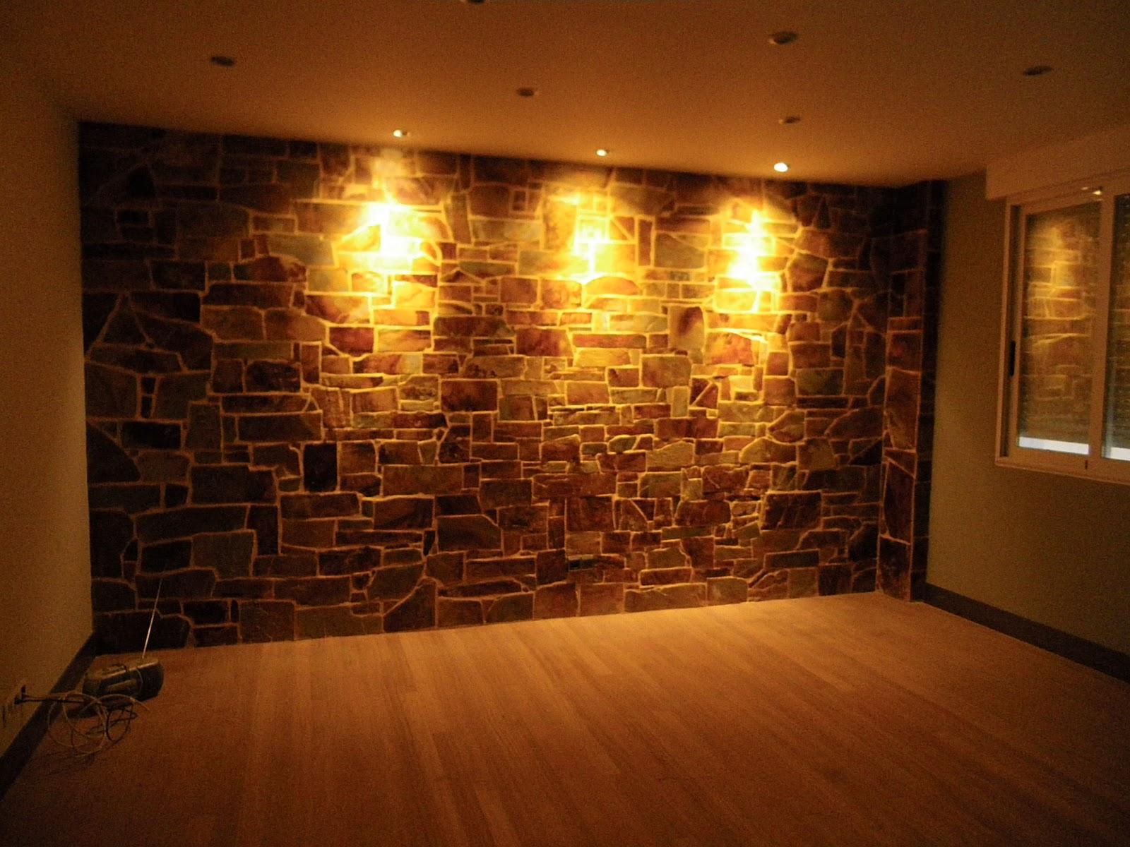 Dormitorio muebles modernos salones con paredes de piedra - Paredes salones modernos ...