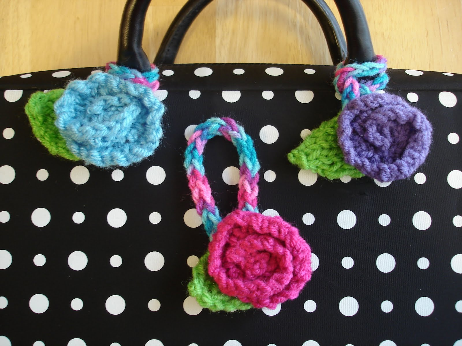 Fiber Flux: Free Knitting Pattern! Luggage Blossoms