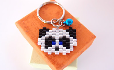 Click here for more Panda keychain info.