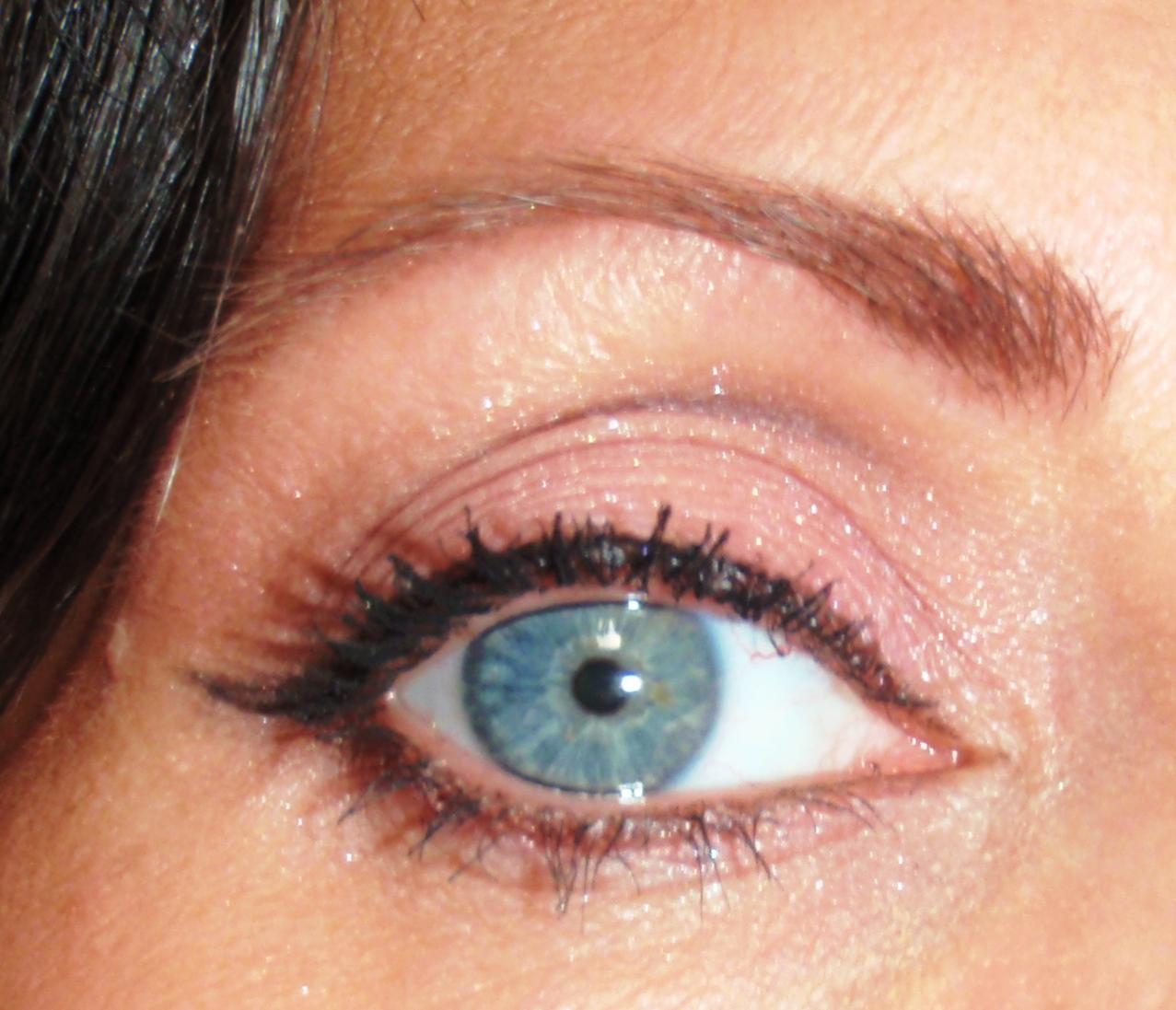 The Juicy Beauty Word Make Up Lesson Types Of Eyeliner Jill Gel Liner Black Eye