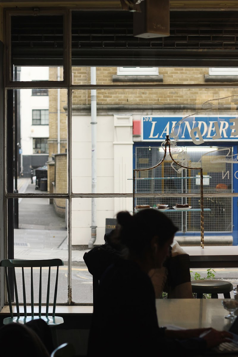 Pitfield Street Café, Hoxton, London   www.itscohen.co.uk