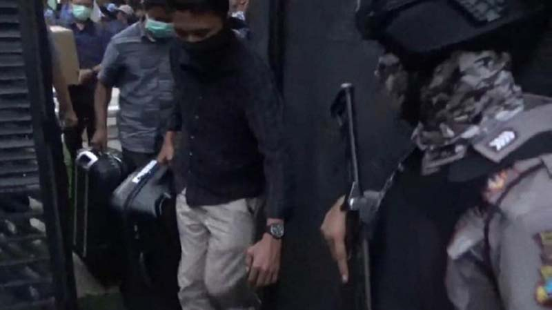 KPK Obok-obok DPRD Tulungagung Saat Anggota Dewan Sedang Kunker
