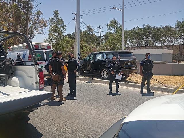 Ejecutan a hermano del cantante Alfredo Olivas junto a su esposa  e hijo de 1 año en Zapopan, Jalisco