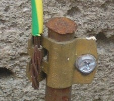 حماية من الكهرباء الزائدة