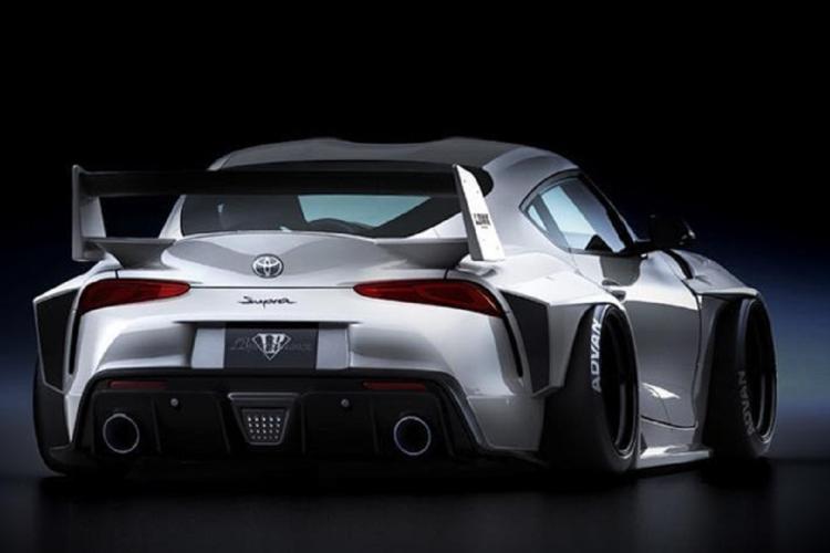 Cận cảnh Toyota GR Supra 2021 đầu tiên độ Liberty Walk