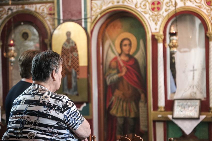 Aντίδωρο σε αλουμινόχαρτο στις εκκλησίες - Τα νέα μέτρα