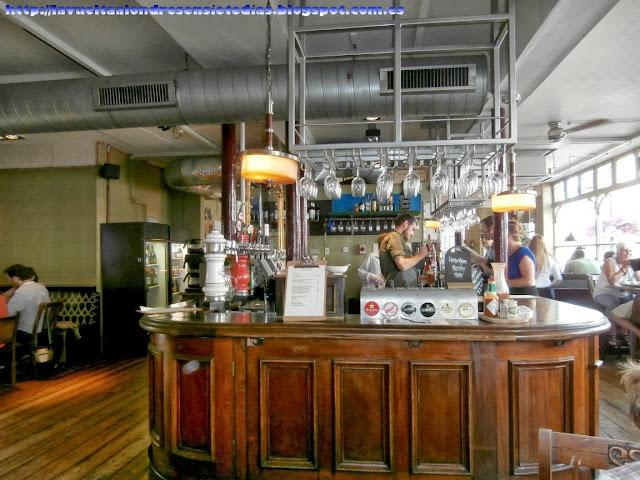 Típico pub inglés en el barrio de Notting Hill