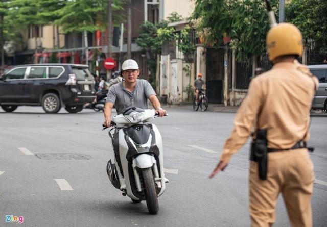 Thủ tục bồi thường bảo hiểm xe máy rườm rà, gây khó cho người mua