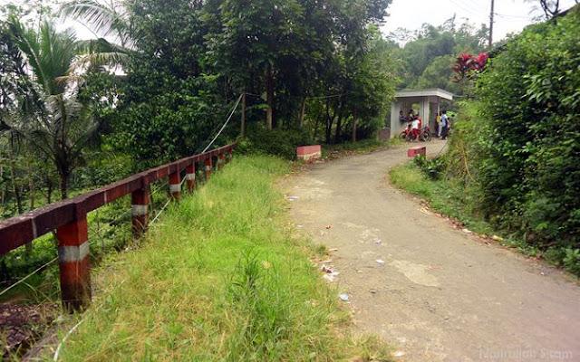 Jalanan di perbukitan menoreh bagian Magelang