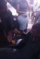 [BangHitz] Some men have no chills! See how this guy embarrassed a slay queen in a club - This is savage (VIDEO)