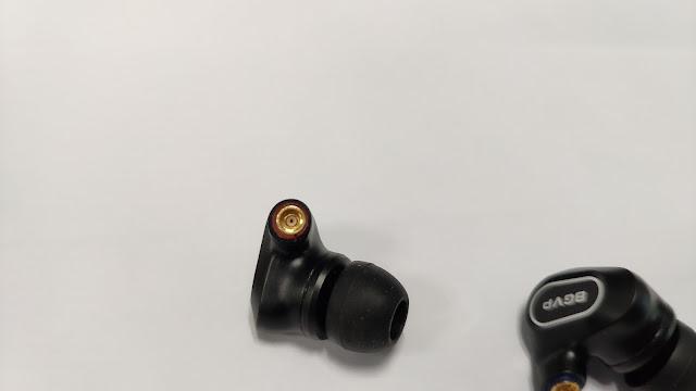 BGVP DN2 入耳式鍍鈹圈鐵耳機, 樸實的外觀, 配戴感優異, 用料滿滿 - 10