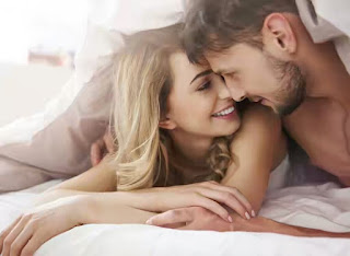 things-women-want-from-men-in-bed
