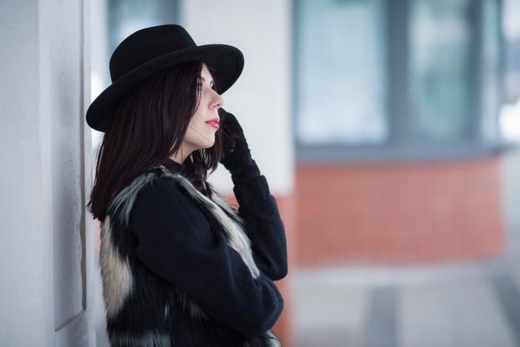 kapelusz-styl-boho-jak-nosić