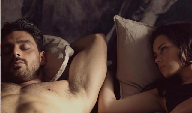 Escena de cama en 365 días, de Netflix