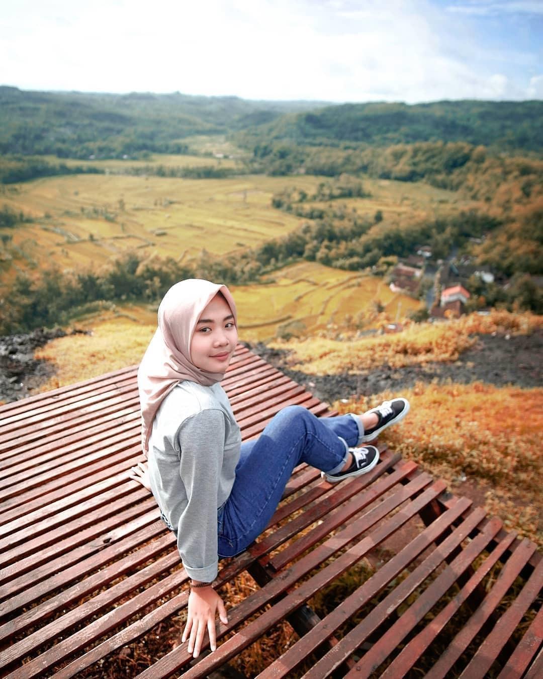 Spot Foto Gunung Ireng Jogja