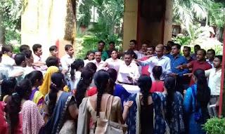 गाँधी जयंती के अवसर पर स्वच्छता जागरूकता रैली निकाली गई