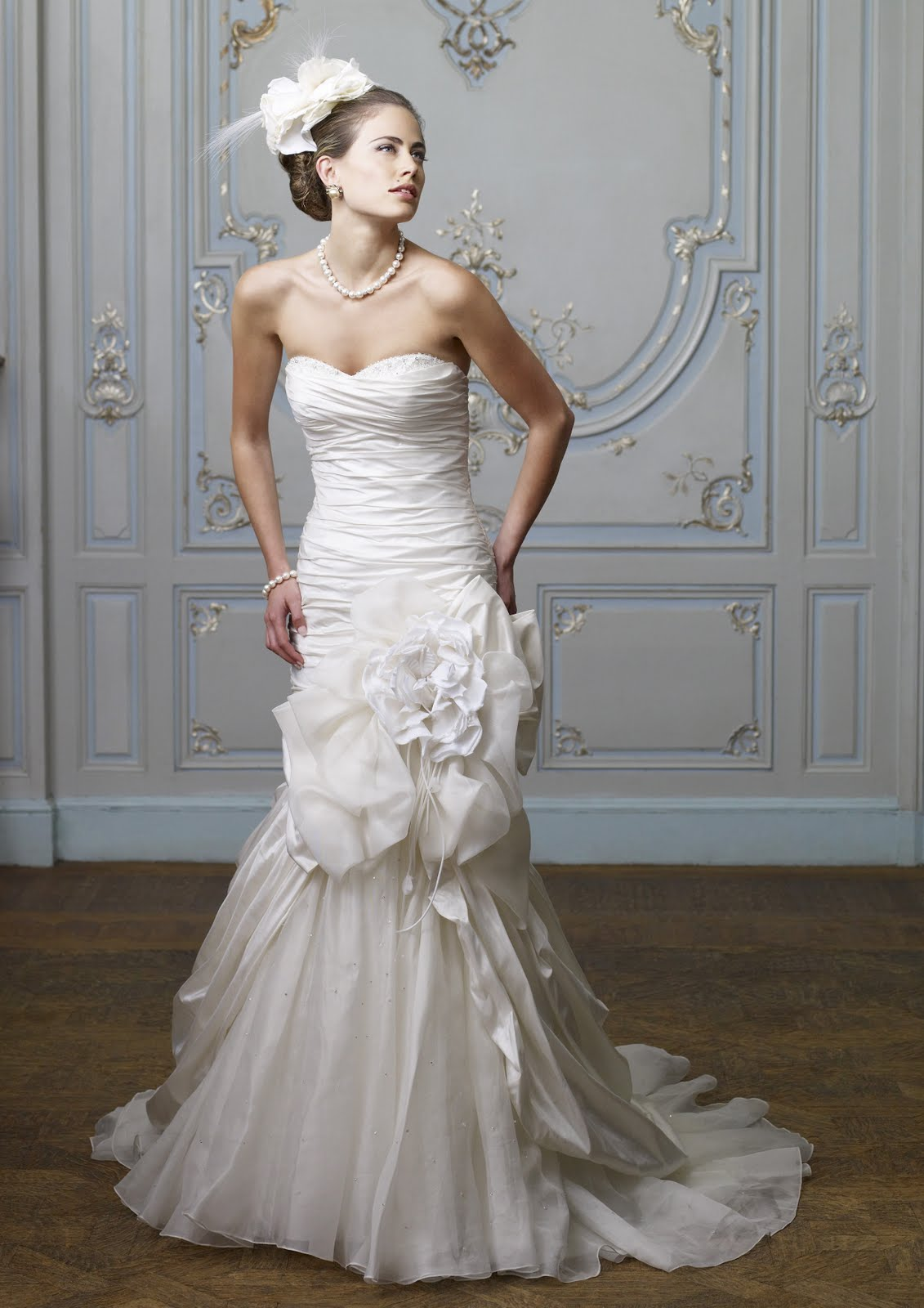 Ian Stuart – theatrical wedding dresses