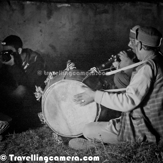 "For the past few years, I have taken to Himachali music. I first got introduced to it during my wedding, when a constant background music of women singing Himachali wedding songs, made the simple ceremony even more beautiful. Since then, I have been introduced to several Himachali songs that I have come to love. And this also gives me a great advantage - when I sing these in family gatherings, VJ's side of the family is unfailingly impressed by a non-Himachali knowing so many Himachali songs :-P.     Looking at this photograph of a Russet Sparrow, not many people would refer to it as a red bird, but Himachal believes in simplifying things so this is probably the ""laal chidiya"" in this rather surprising song ""Laal Chidiye"", where a farmer, I assume, requests the sparrow to not eat too many of the seeds he has sown in his fields. The version I am citing here is by Abhigya the Band, and definitely elevates the song. It is sung at a higher note and has more discordant twists to add to the drama of the song.      My favorite lines from the song:  laal chidiye seri na jana, seri na jana, seri na jana ser-e pahira masho ra dana, masho ra dana, masho ra dana masho ra dana zyada ni khana, zyada ni khana, zyada ni khana laal chidiye seri na jana, seri na jana, seri na jana     The next song is a devotional classic and the first thing that fascinated me about the song was its difficult lyrics. ""Hun wo kataai jo nasda dhudua"". At first, I couldn't understand a word. A bit of help by my father in law and then it all fell into place. This song is a dialog between Shiv ji and Parvati ji after their wedding. Habitual to roaming in the wild and dwelling in difficult terrains, Shiv ji takes off immediately after wedding with Parvati ji close at his heels, reminding him that he is married now and cannot keep running away any more.     My favorite lines from the song: मगरियां चालीं चल मेरे धुडुआ, नाजुक पैरां छाले ओ आये 