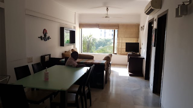 Fully Furnished 2BHK Flat for Sale | Bandra, Bandstand.