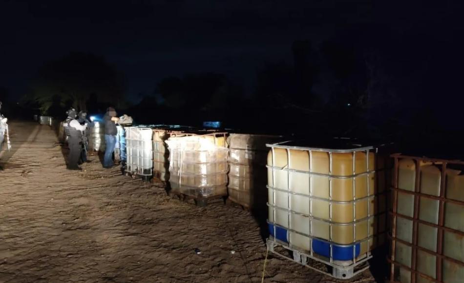 Le tumban a los Chapitos 200 mil litros de precursores Químicos en Culiacán; Sinaloa