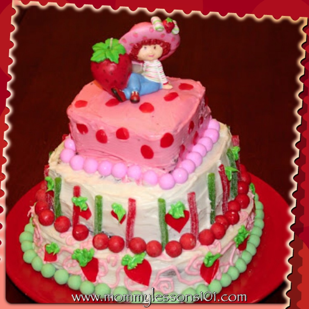 Strawberry Shortcake Birthday Party Ideas And Cake
