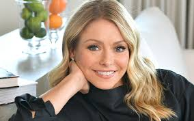 Kelly Ripa Net Worth, Income, Salary, Earnings, Biography, How much money make?