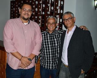 Empresário Márcio Melo (ao centro), seu assessor e Márcio de Paula, sec. Cultura