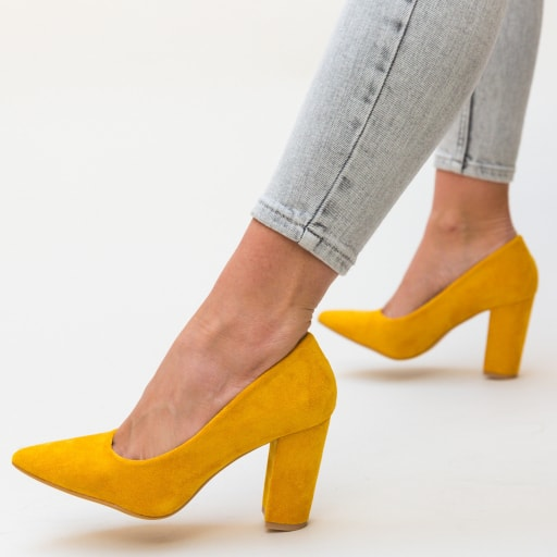 Pantofi galbeni cu toc gros eleganti din piele eco intoarsa