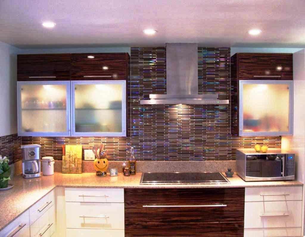 mar 29 kitchen set