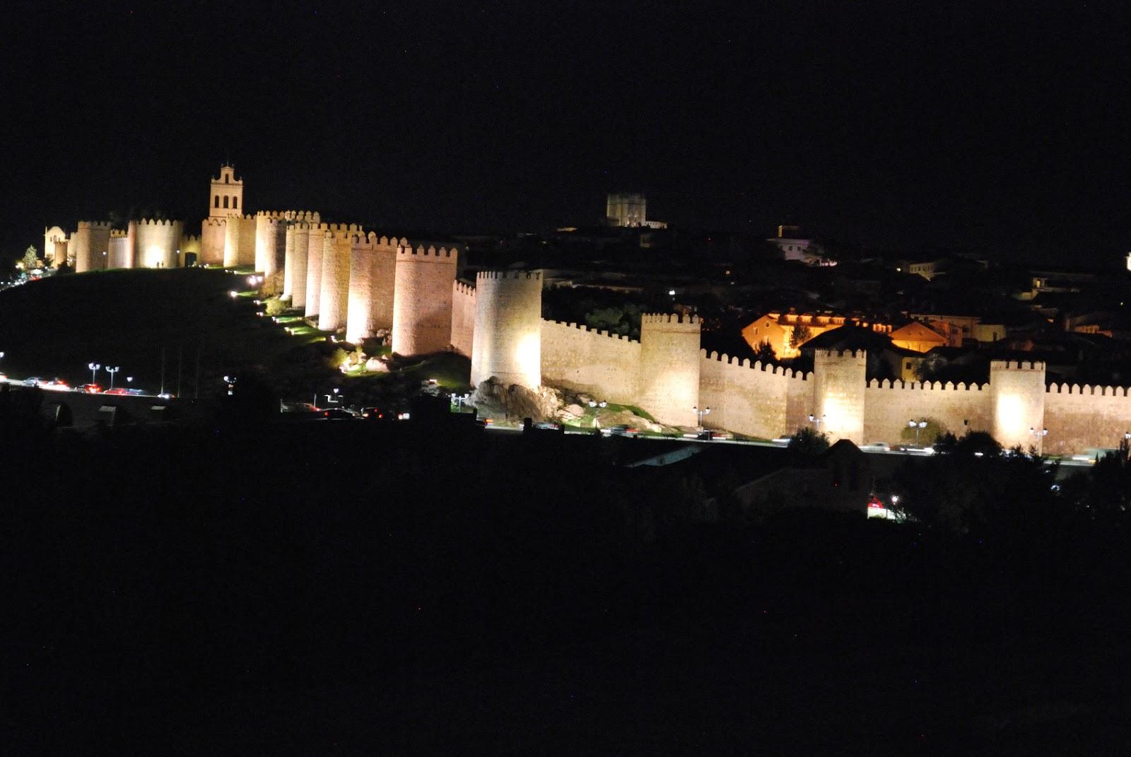 muralla avila city wall nocturno