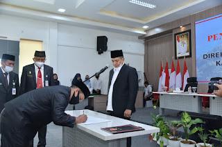 Bupati Batu Bara Lantik Hafizullah Sebagai Direktur PDAM Tirta Tanjung