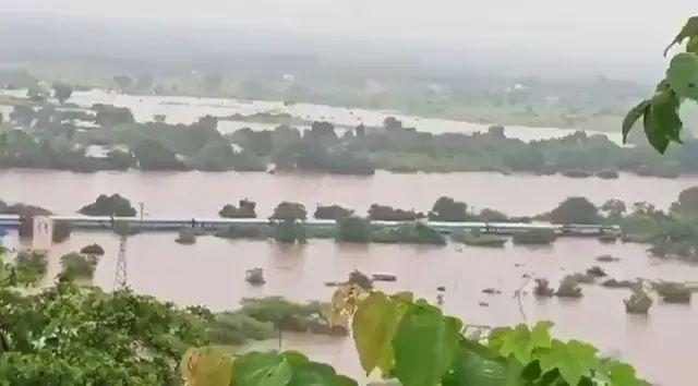 mumbai flood 2019