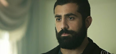 Fauze (Kaysar Dadour) será preso com sheik, mas o milionário abandonará o capanga para apodrecer na cadeia