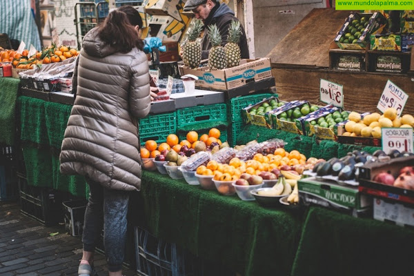 El Índice de Confianza del Consumidor cae 31,9 puntos debido a la COVID-19