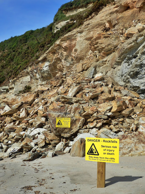Rockfalls at Carlyon Bay, Cornwall