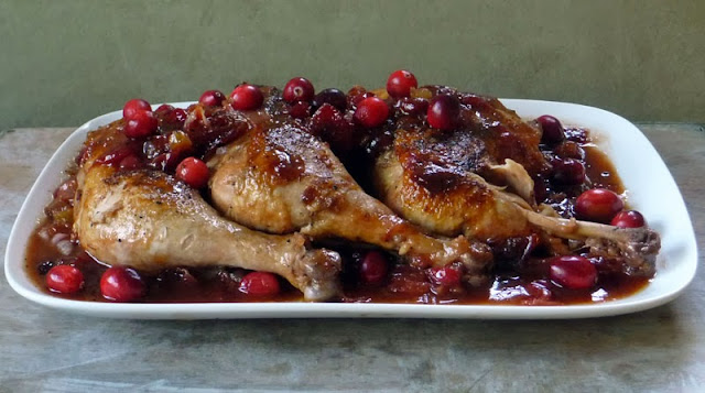 BBQ Cranberry Chicken Recipe | by Life Tastes Good #leftovers #Thanksgiving