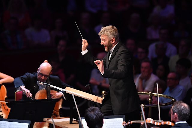 BBC Prom 4 - Kirill Karabits, Bournemouth Symphony Orchestra (Photo Chris Christoulou)