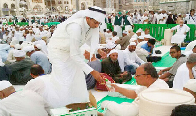 Iftar Meal Permits To Be Issued For Distribution In Makkah Iftar Meal Permits To Be Issued For Distribution In Makkah