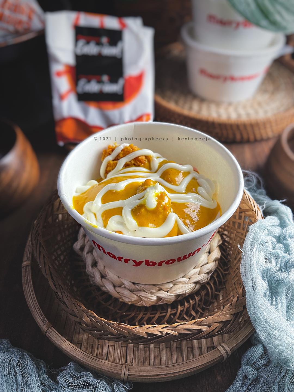 Cheesy chicken mashed bowl