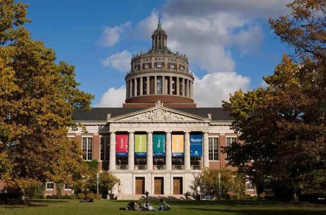 أفضل 10 منح دراسية في هولندا للطلاب الدوليين