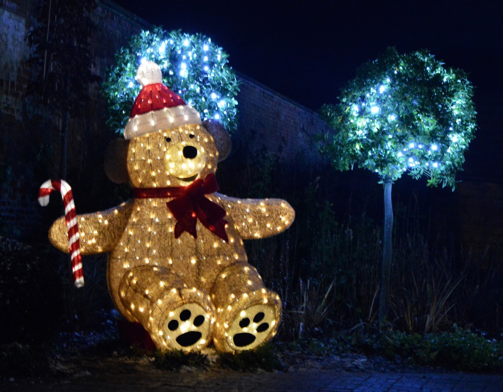 Winter Wonderland Christmas Light Show | A Wynyard Hall Garden Event - A Review - Giant Teddy Bear