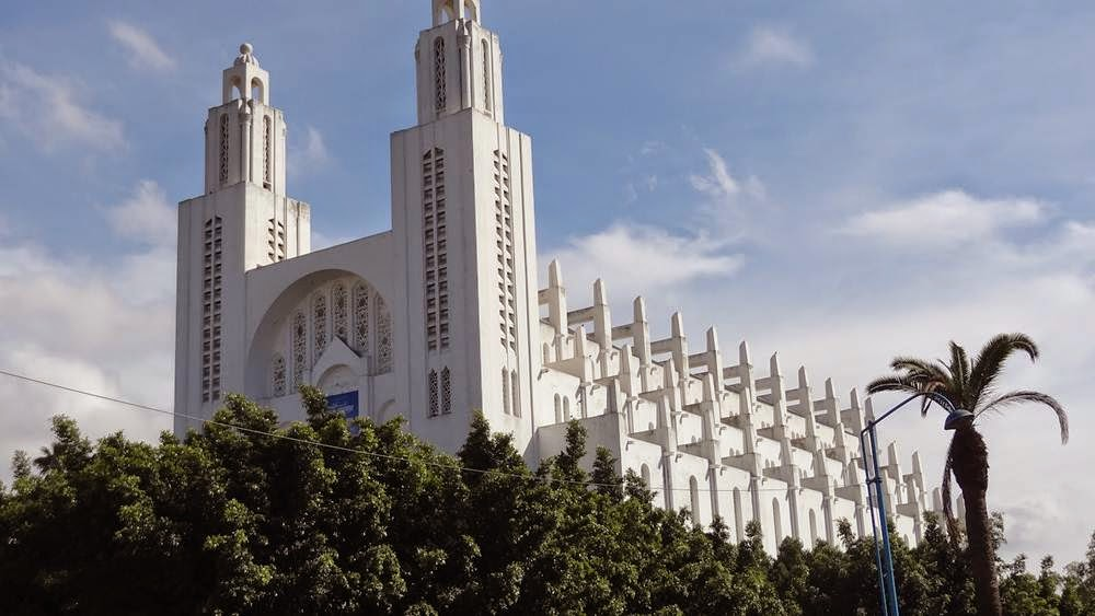 Casablanca Cathedral Cathedral With furthermore Plaza de Espa C3 B1a besides Riu Vallarta additionally Le corbusier also Hotels South Beach. on art deco style architecture
