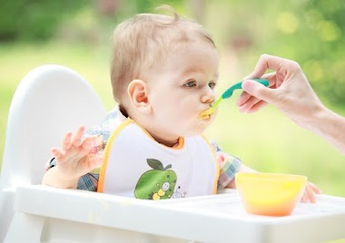 Wajib Punya! Inilah Peralatan Makan Bayi Saat Mulai MPASI