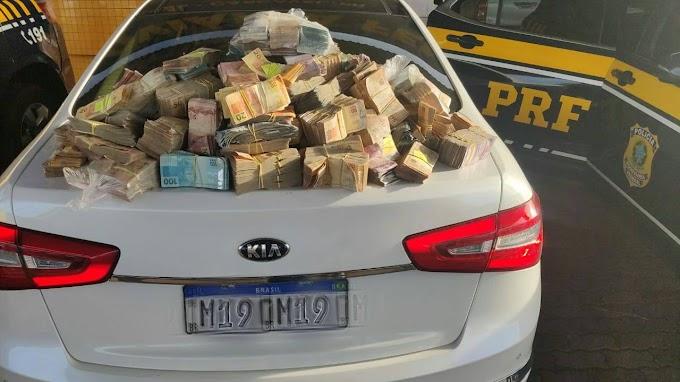PRF apreende mais de 1milhão em dinheiro sendo transportado por um casal na BR-277