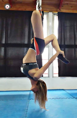 yoga aereo, aeroyoga, aero yoga, yoga, air yoga, aerial yoga, argentina, beunos aires, lomas de zamora, santa fe, cordoba, mendoza, salud, certificacion, profesorado