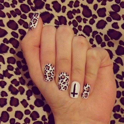 Nice Cheetah Nail Art