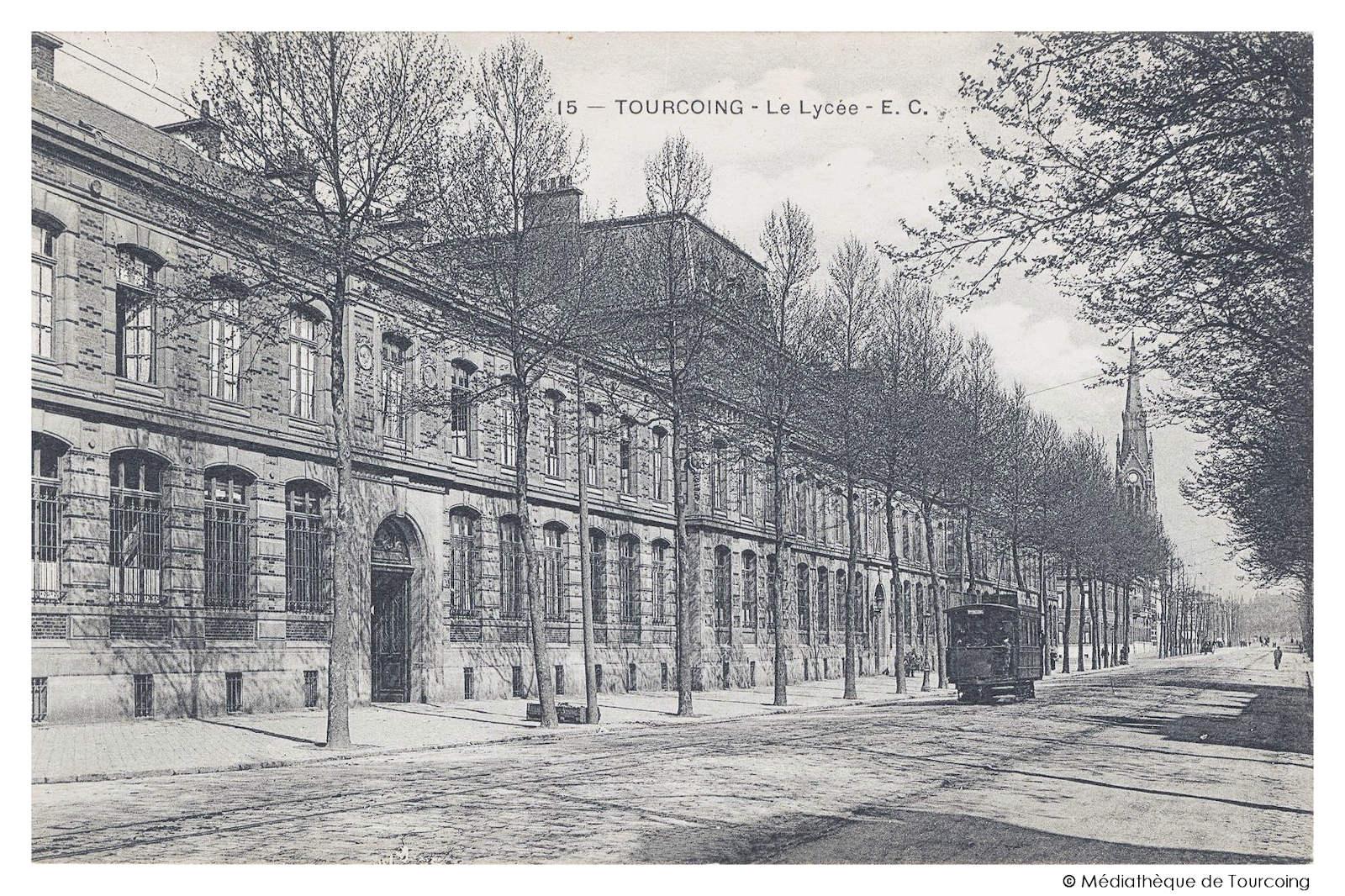 Carte Postale Ancienne - Lycée de Tourcoing, Tramway