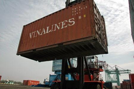 Sẽ đình chỉ cảng biển để lọt xe quá tải