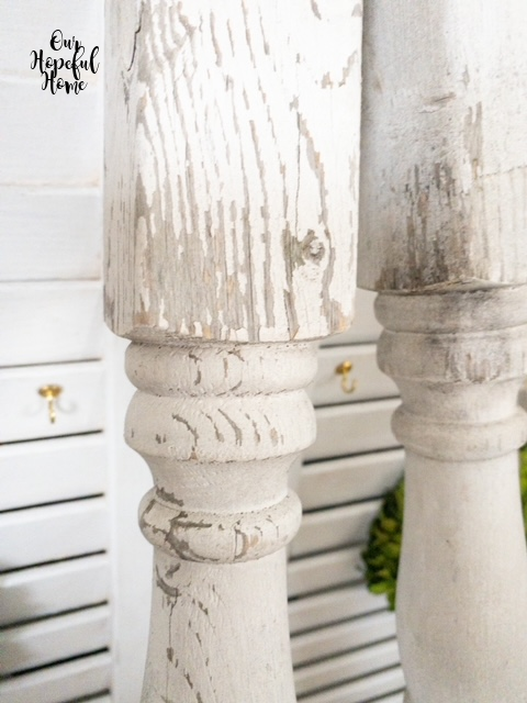 pair whie painted balusters