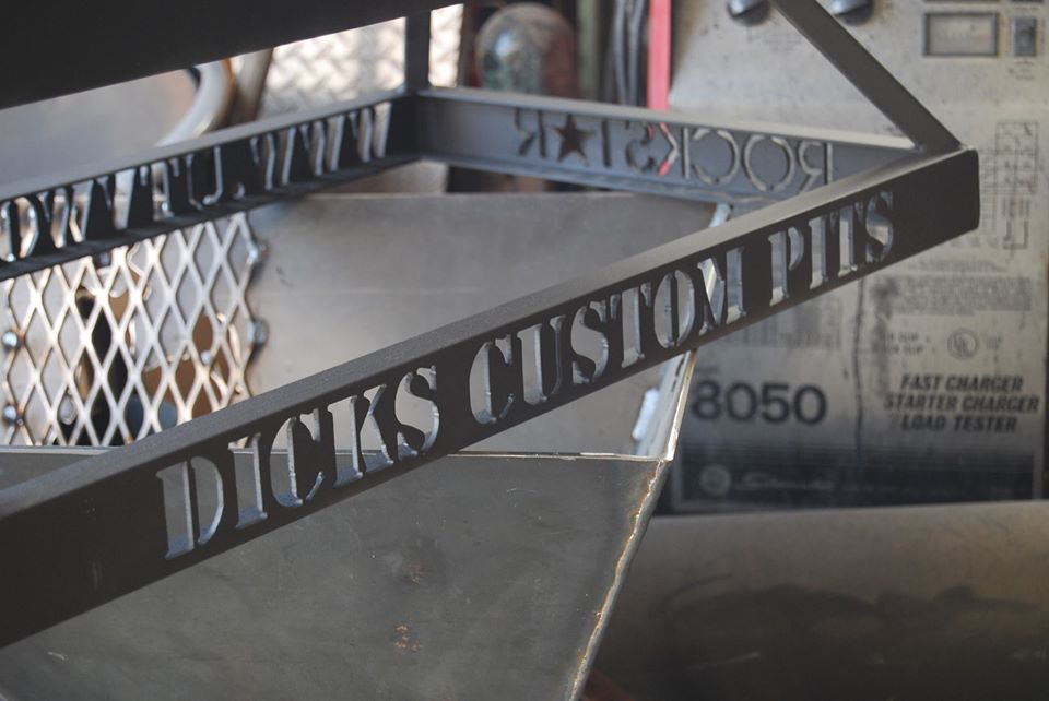 Dick's Custom Pits